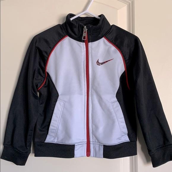 Nike zip